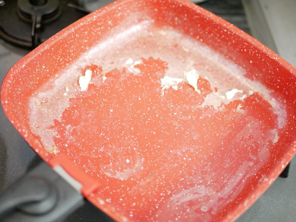 油をひかずに餃子を焼いても全くくっつかなかったフレーバーストーン「ダイヤモンドエディション」のソテーパン