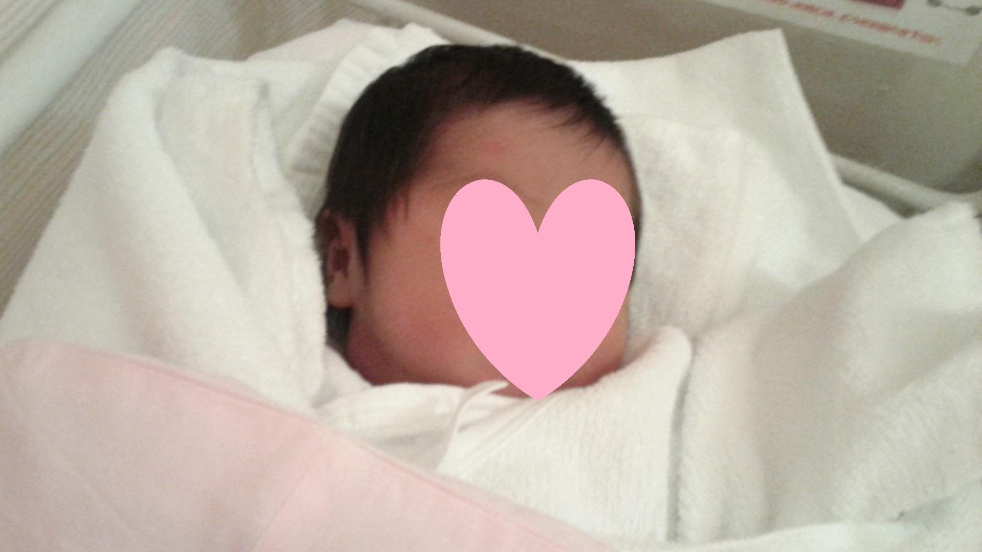 自然分娩出産に健康保険が適用された!その理由と医療保険を請求する際の注意点について