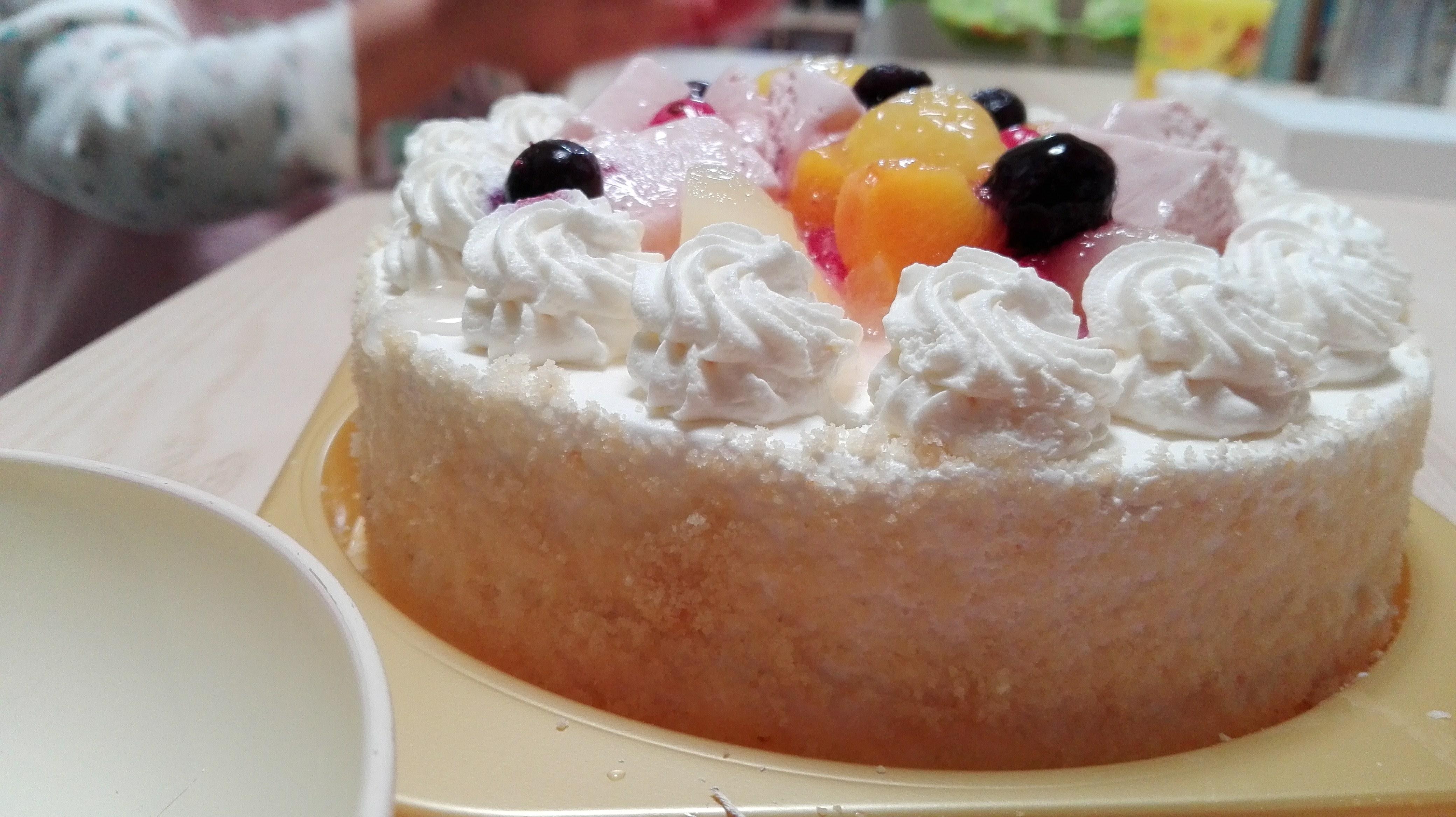【感想】卵&乳製品&小麦不使用のケーキを通販でお取り寄せ!アレルギーでもOKなクリスマスケーキは楽天「お菓子の菊家」